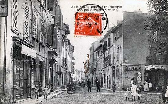 Rue des infirmières il y a un siècle