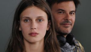 Jeune & Jolie__2jj2921_rvb