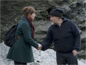 Lulu ( Karin Viard )  rencontre  Charles            (  Bouli Lanners )