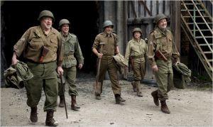 Le  groupe de  mercenaire  de  gauche   à  droite  :      Bill  Murray