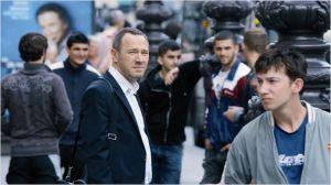 Daniel  (  Olivier  Rabourdin )  au  milieu de la foule , Gare du Nord