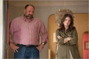 Albert ( James  Gandolfini)  et  sa  fille  ( Eve  Hewson )