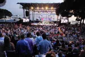 16 juillet 2012 / ANTIBES JUAN LES PINS / FRANCE / FESTIVAL JAZZ A JUAN / CONCERT DE ROBIN MAC KELLE A LA PINEDE GOULD