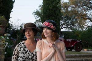 Sophie  (Emma  Stone )  et sa  mère ( Marcia  Gay Harden)