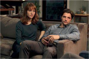 Claire ( Anaïs  Demoustier  )  et  son Mari ( Raphaël Personnz )
