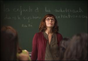 Ariane  Ascaride  , la prof.