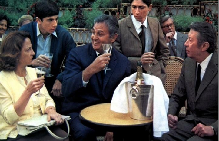 A la tienne ! Dans Le Coup de Sirocco d'Alexandre Arcady (1978) aux cotés de Patriiiick Bruel et Marthe Villalonga