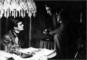 Louis Jourdna et Grégory Peck  dans  Le  Procès  Paradine  d'Alfred  Hitchcock