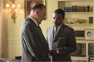 Rencotre entre  le président  Johnson ( Tom Wilkinson)  et  Martin Luther  King ( David  Oyelowo)