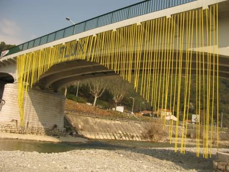 L'arche du pont de Made à l'entée de Drap