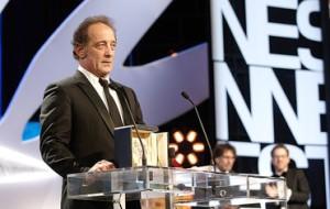 Vincent Lindon Prix d'interprétation Masculine   pour  La  loi du Marché de  Stéphane Brizé