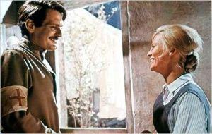 Omar Sharif et  Julie  Christie  dans   Docteur  Jivago