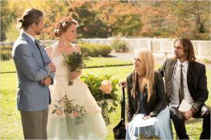 Mammy Gummer, Meryl Streep et Rick Springfield au mariage (scène finale ) de l'un des frères de Julie