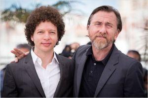 Michel Franco ( le réalisateur ) et Tim Roth/ Au Festival de Cannes