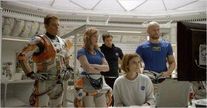 l'équipage : Askel Hennie , Jessica Chastain , Kate  Mara , Sébastian