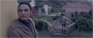 mèe  Monica ( Antonia Zegers  )