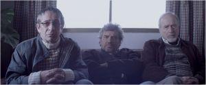 Une scène dans la maison des  reclus ( Alejandro Gois, Alfredo  Castro , Jaime  vadell )