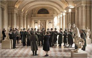 Une scène du film , les Allemands dans le Musée du Louvre