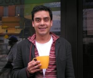 Jayro Bustamante  photograhié lors de l'entretien par  Philippe  Descottes
