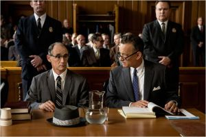 Donovn ( Tom Hanks ) et Rudolf ( Mark Rylance ) lors du procès ...
