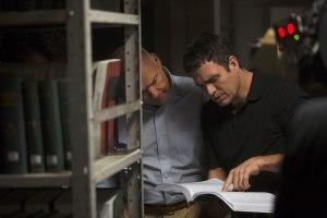 travail de fourmi .. Mark Ruffao   et Michael Keaton .