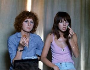 Juliet Berto  et   dans  Céline et Julie  vont en bateau