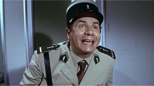 Michel Galabru , en Gendarme de  St Tropez