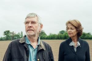 Leu couple  ne sont plus les  mêmes... Tom Courtenay et Charlotte Rampling.