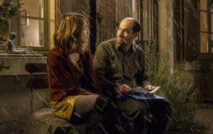 Aude ( Alice Isaaz) et Vincent ( Kyan Khojandi )