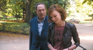 heinz ( andré Marcon) et Nathalie ( Isabelle Huppert )