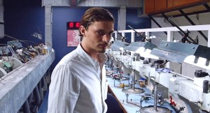 Peir ( Nils Schneider ) au coeur de la salle des Diamants