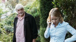 Winfried/ Toni ( Peter Simonischeck) retrouvailles avec sa fille, Inès ( Sandra Hûller )