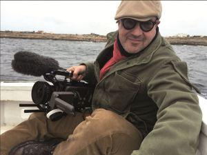 Gianfranco Rosi caméra à la main a filmé pendant un an , la Tragédie de Lampedusa