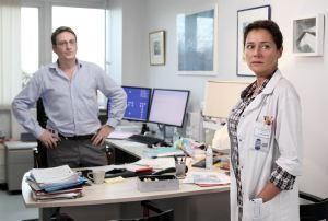 Iréne Frachon ( Sidse Brigitt Knudsen ) et Antoine Le Bihan ( Benoît Magimel )