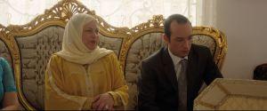 La préparation du mariage : Hedi ( Madj Mastura ) et sa mère ( Sabah Bouzouita )