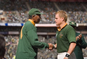 Morgan Freeman et Matt Damon dans Invictus de Clint Eastwood (2009)