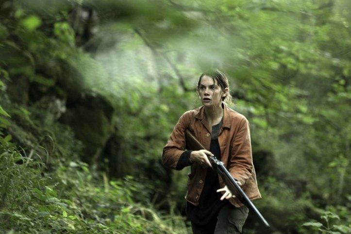 Alice ( Ruth Wilson , monte au comabt