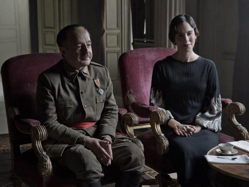 Le caudillo: Franco ( Santi Prego) et sa femme , - Crédit Photo : Haut et Court Distribution-