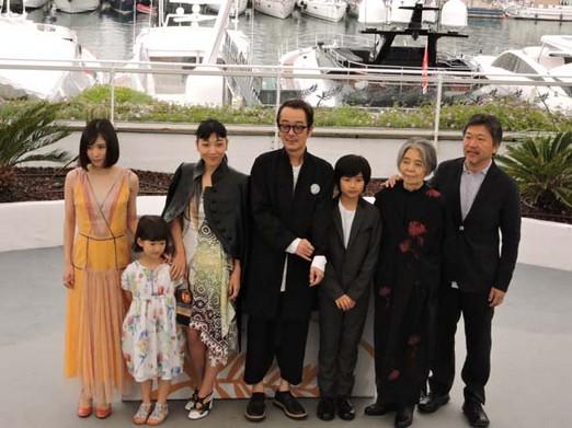 CiaoViav - Une Affaire de Famille - Palme d'or 2018 - Mayu Matsuoka, Miyu Sasaki, Sakura Ando, Lily..- Crédit photo Philippe Prost
